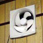 お風呂場の換気扇!フィルターのカビ掃除や業者に依頼するときは?