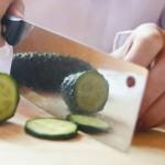 きゅうりの飾り切り!簡単にお弁当にも使える松や木の葉の切り方は?