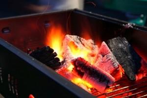 炭焼きの画像