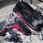湿気対策に炭は有効?備長炭や竹炭など種類でも効果が違う!?