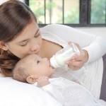 赤ちゃんにヤクルトはいつから?便秘に効果的!虫歯の心配は?