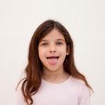 舌が荒れる原因はビタミン不足?痛い時や子供に起こる原因とは?