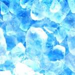 氷が臭い原因とは?臭いを取るための冷蔵庫の掃除方法